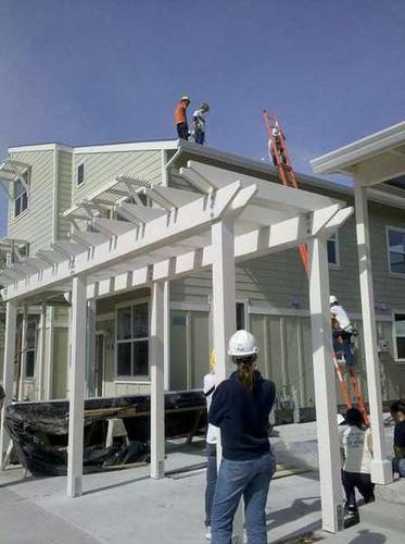 installing home solar panels