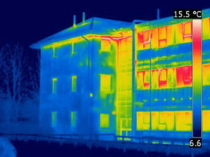 Heat loss from apartment building. passive buildings